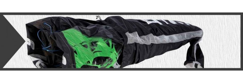 Kitebags and compression bags for rolled and folded kitesails